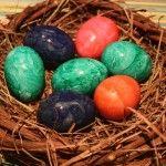 Wielkanocne-jajko-pod-lupa