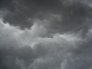 Jak możemy starać się o wypłaty odszkodowań po huraganach