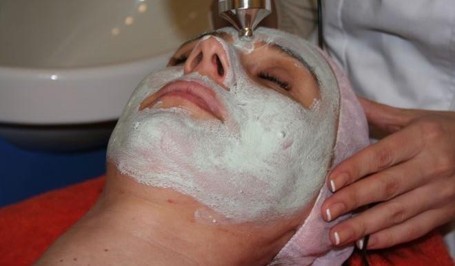 Polacy opracowali kosmetyki, które nawilżają i odżywiają skórę